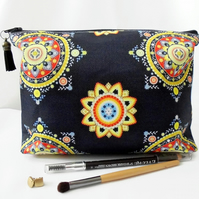 Wash bag, bohemian, gypsy, travel bag, cosmetic bag, zip bag, make up bag, dumpy