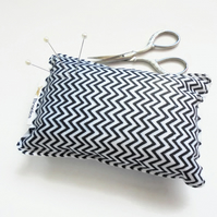 Chevron Pin cushion, seamstress gift, tailors gift, crafters gift, Zig zag