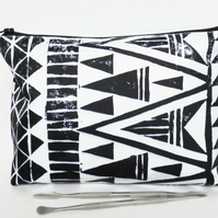 Wash bag, aztec, tribal, monochrome, arrows, geo mix, travel bag, cosmetic bag