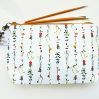 Dumpy Wash bag, Botanical print, Floral wash bag, flower stems cosmetic bag, zip