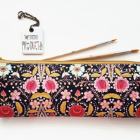 XLong brush bag,Art gifts,embroidered,folk,folky,pencil case, student gift.