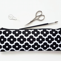 large pencil case,mary quaint print,daisy print,brush bag,Art gifts,pencil case.
