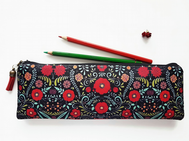 large pencil case,red folk print,daisy print,brush bag,Art gifts,pencil case.