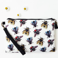 Bees fabric wristlet clutch,travel bag with credit card pockets and phone pocket
