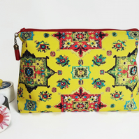 Wash bag, Turkish, kilim, persian travel bag, cosmetic bag, zip bag