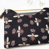 Made to measure iPad sleeve,dust protector,bee print.
