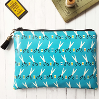 Scissors & Thread print, horse lover wallet, vegan purses.