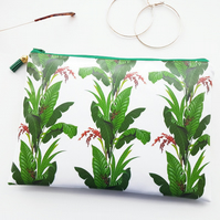 Leafy green vegan washbag.