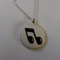 38mm Music Note Fabric Covered Button Pendant