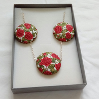 Red Rose Fabric Covered Button Triple Pendant