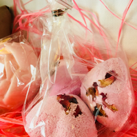 Rose Heart Bath Bombs - pack of 3
