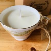 Lavender Fields Teacup Candle and Gift Box