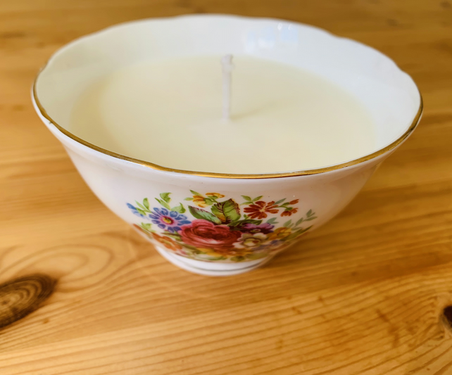 SALE Pear and Vanilla Sugar Bowl Candle