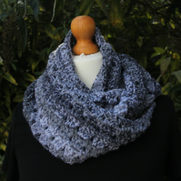 Chunky Infinity Scarf (shades of grey)