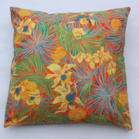 "Classic floral pattern cotton cushion cover, 18x18"" (45x45cm)"