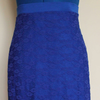 Lace pencil skirt, size M (UK 12)