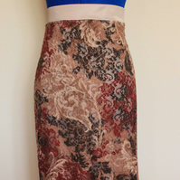 Long, stretch lace skirt , size L (UK 14)