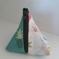 Flamingo and pineapple pyramid keychain coin purse