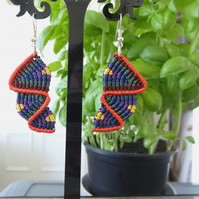Macrame Earrings - top down zig zag in dark colours with rust (E010)