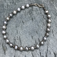 Freshwater Grey Pearl, Hematite and Sterling Silver Bracelet (single).