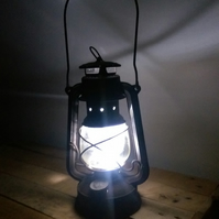 Rechargable lantern