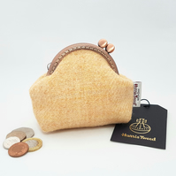 HARRIS TWEED Coin purse in Peach.