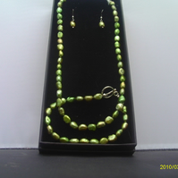 Silver Plated Green Pearl Jewellery Set