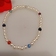 Synthetic pearl and mixed semi precious gemstone stretch bracelet