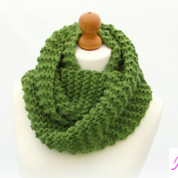 Knitted Infinity Scarf Loop Scarf Womens Soft Scarf Womens Cowl Green