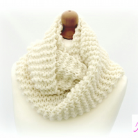 Knitted Infinity Scarf Loop Scarf Womens Soft Scarf Womens Cowl Cream