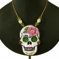 Day of the dead, Sugar Skull Bead Embroidery Necklace