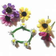 Daisy Chain Bracelet Made from Seed Beads