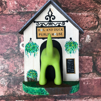 Dog Lead Holder- Pub Themed 'Dog and Duck'