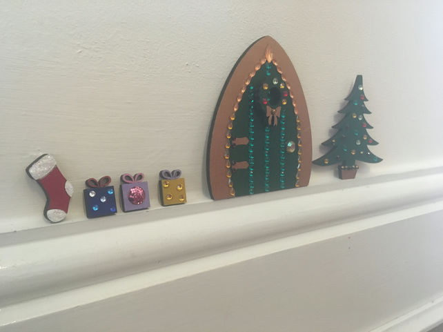 Elf christmas door accessories folksy for Elf door accessories