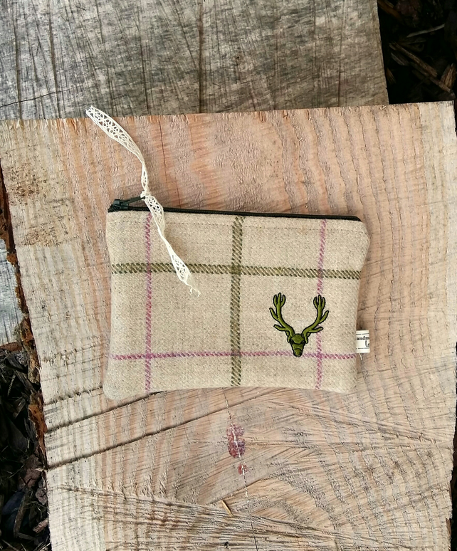 Stag zipper purse