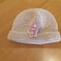 Lilac hand knitted hat with motif age 3-6 months