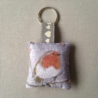 Winter Robin Keyring (large red check)