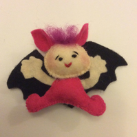 Ittie-Bittie-Bat Brooch for Halloween