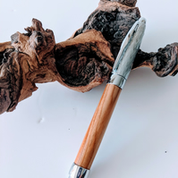 Fountain Pen made from Yew  404