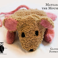 Knitted Mouse Glove Puppet - Matilda (OOGH002)