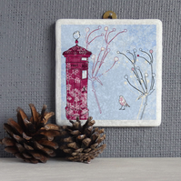 Robinand Postbox Marble Wall Art