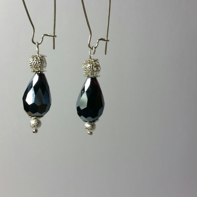 Navy Blue Crystal Teardrop Beads with Silver-Plated Filigree Beads Earrings