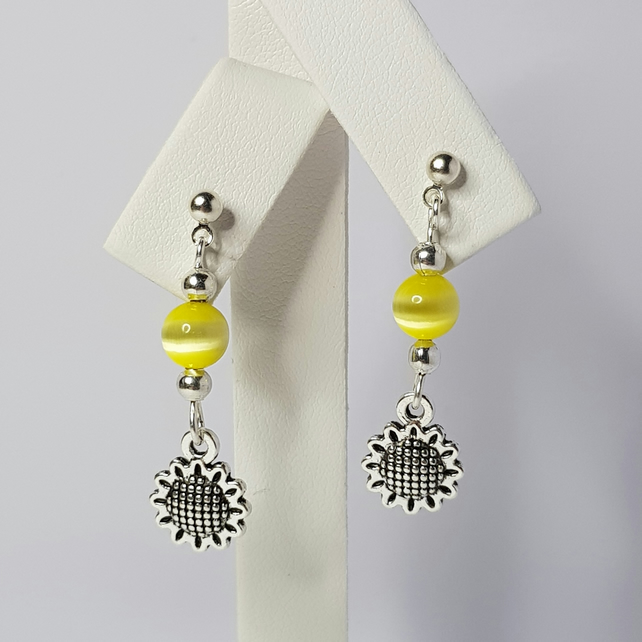 Sunflower With Yellow Cat Eye Bead Earrings