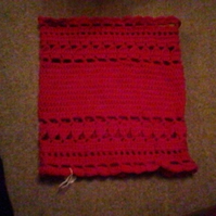 Red snood, in machine washable merino wool