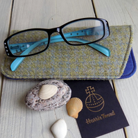 Harris Tweed eyeglasses case in duck egg blue and light green houndstooth