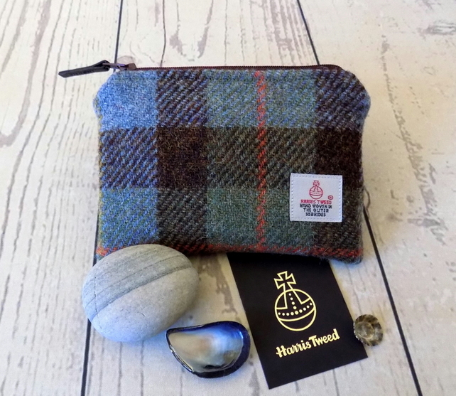 Harris Tweed coin purse.  Macleod clan tartan weave in blue, brown and green