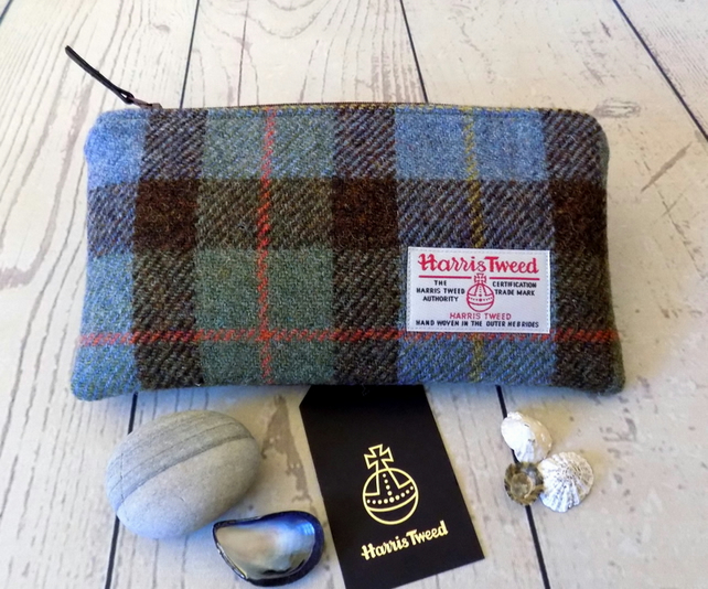 Harris Tweed clutch purse, padded pencil case, makeup bag in Macleod clan tartan