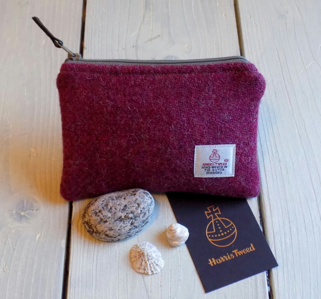 Harris Tweed coin purse in deep plum pink with stone grey zip and lining
