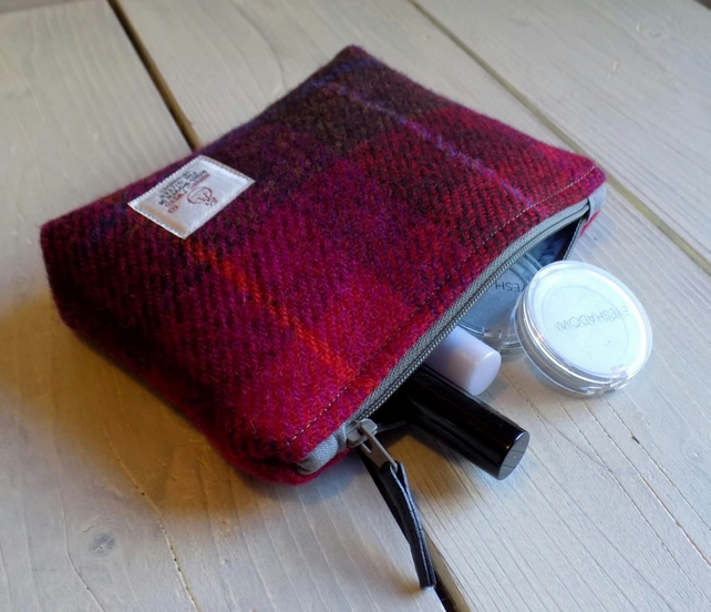 Harris Tweed make-up bag. Small size in cerise, purple and brown tartan