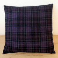Cushion cover. Tartan plaid in deep purple, black and blue